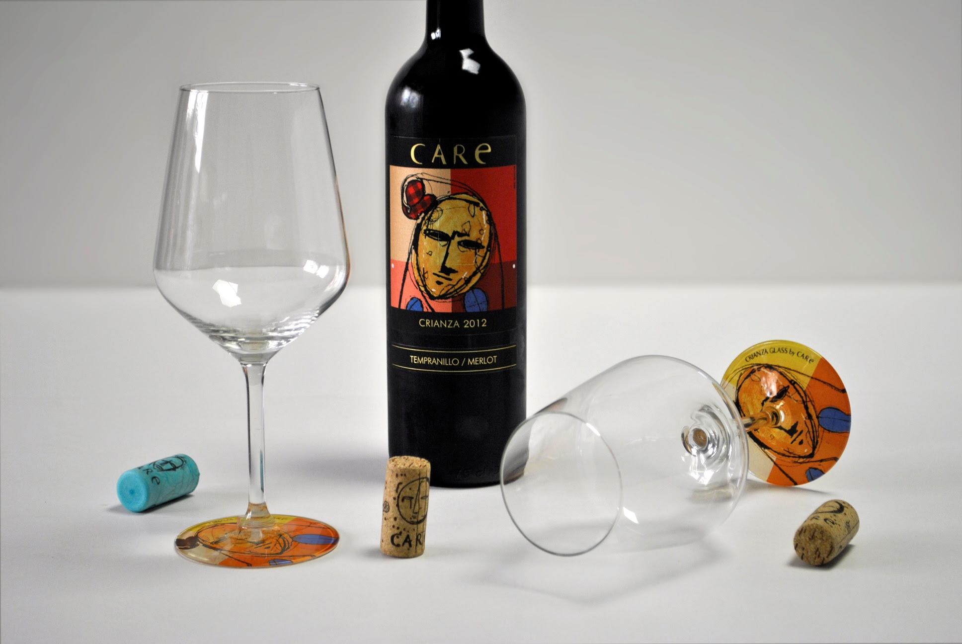 Packaging especial: Wine Glass by Care de Studio Glass